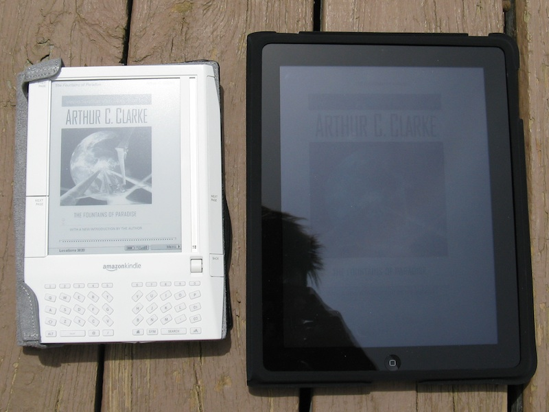 Kindle vs. iPad in outdoor bright sunlight